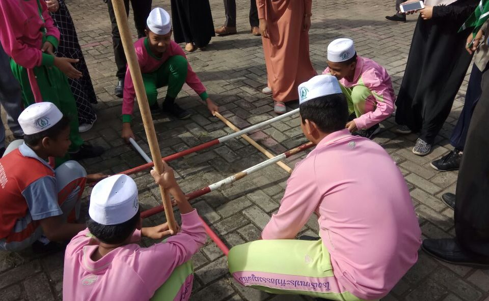 Siswa Thailand Antusias Mengikuti Kegiatan Hizbulwathan di Labschool FIPUMJ