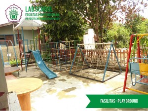 FASILITAS-PLAY-GROUND-LABSCHOOL-FIPUMJ