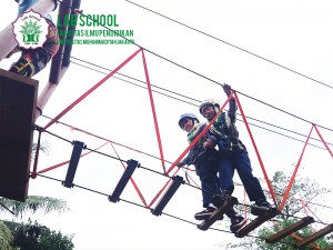 LABSCHOOL,-OUTBOUND,-FIPUMJ