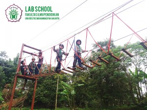 SD-LABSCHOOL-FIPUMJ,-SUASANA-OUTBOUND